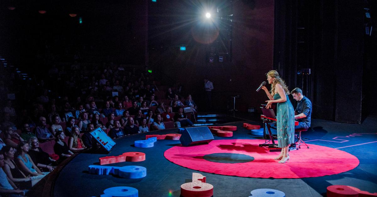 Ako prebieha výber rečníkov na pódium TEDxBratislava